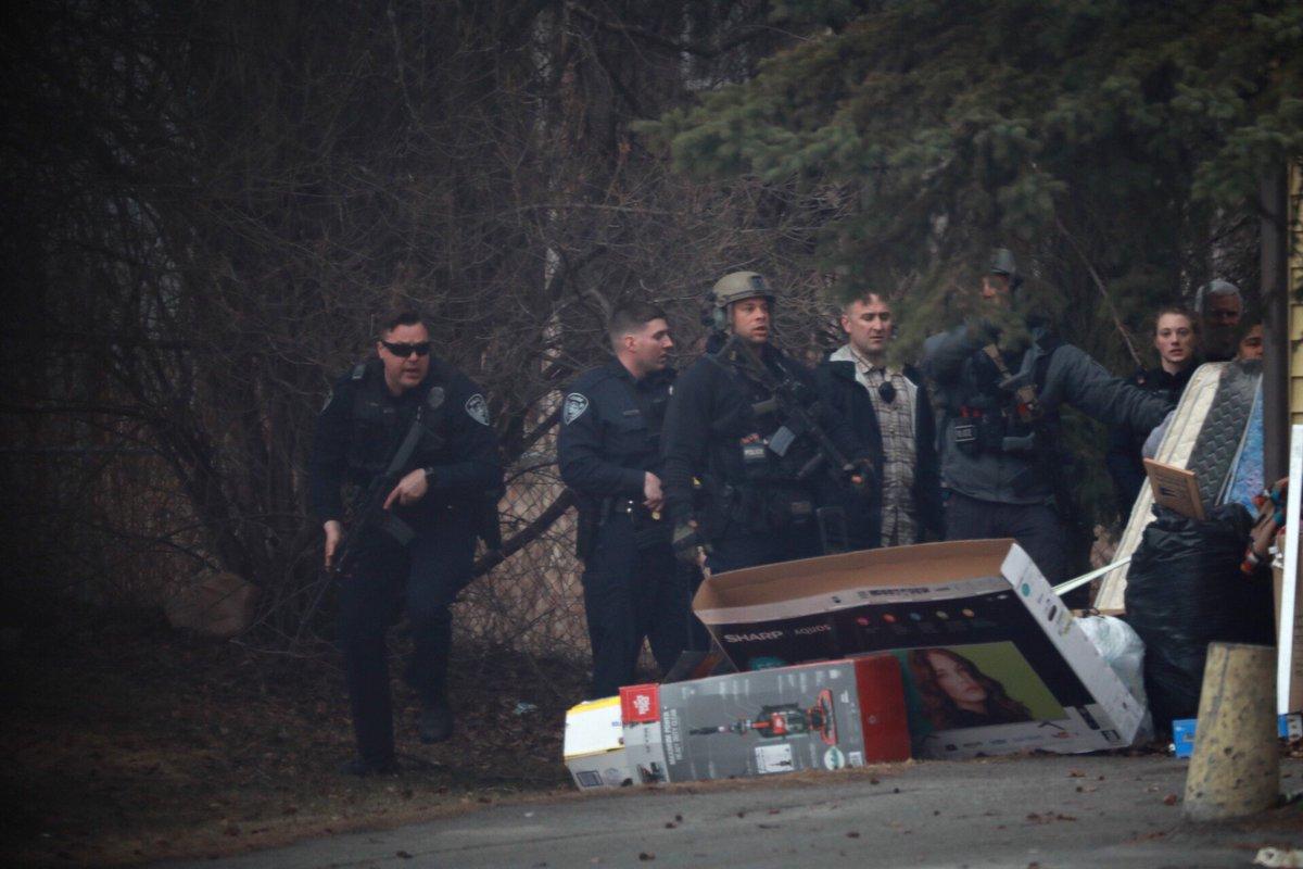 Spenard armed robbery suspect in custody; Anchorage police seek 3 others