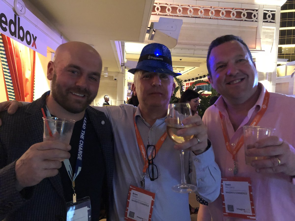 pam_rave: @mrbdgreen @SeanMcCarry @Jon_Woodall #magentoimagine https://t.co/0UXXQemGhM