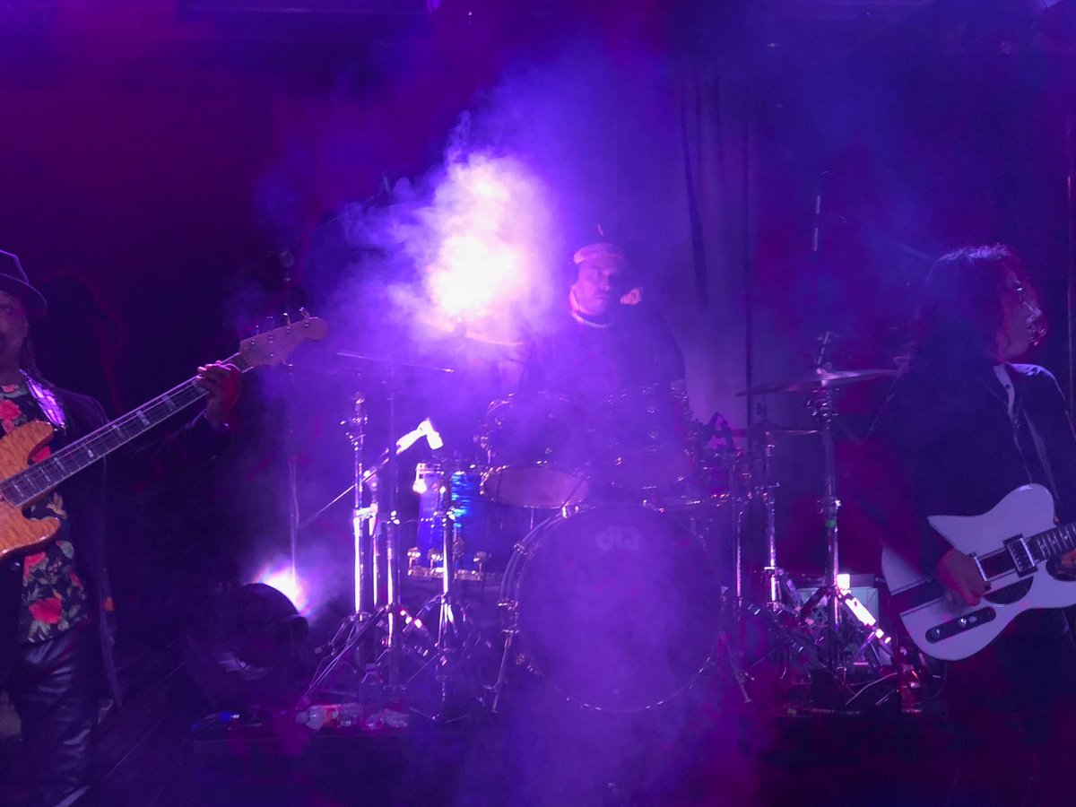 mattmac: Mr @benmarks on the drums at #magentoimagine https://t.co/uF2YlKXu8L