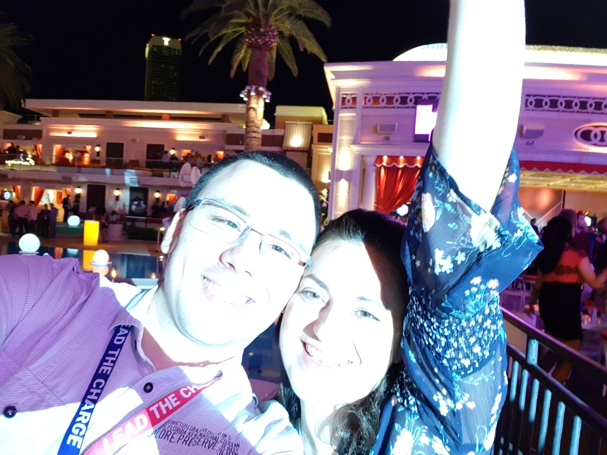 MarkoTechyTalk: Legendary #MagentoImagine party event just happened ! Here's 'the after' selfie. #Magento https://t.co/Hmxu3PLxjn