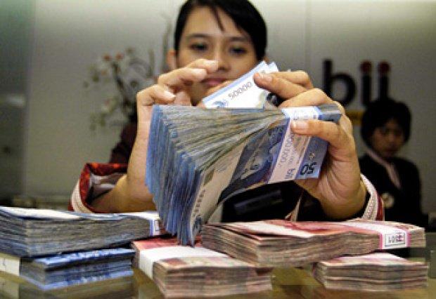 Ini Keuntungan Bank jika Transaksi Tunai Dibatasi Rp 100 juta https://t.co/SejPq6HK0u https://t.co/Gi9i227e8n