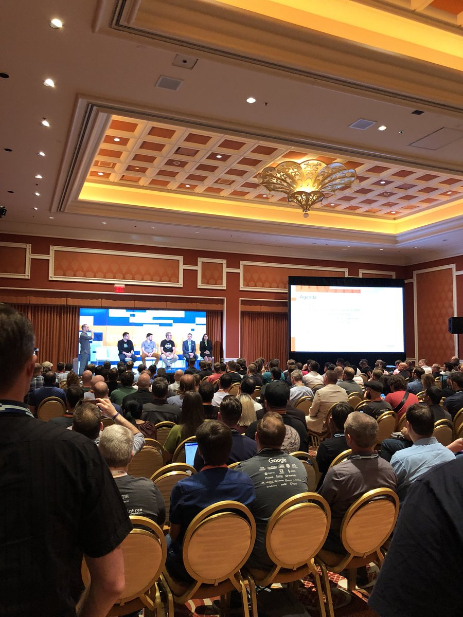WebShopApps: Wow mega busy here in PWA session Margaux 2, standing room only (or sitting if hangover) #MagentoImagine https://t.co/ptyBSpphda
