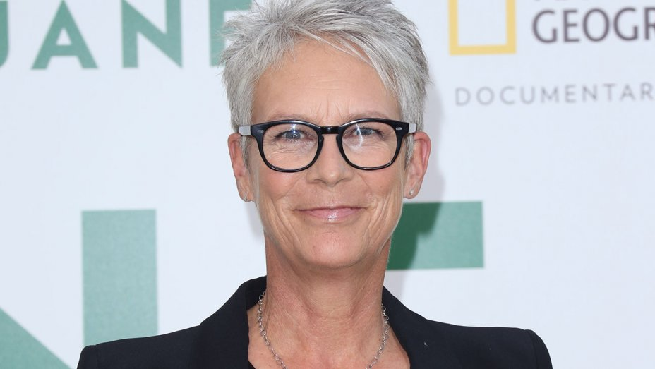 .@jamieleecurtis debuts first 'Halloween' footage at CinemaCon
