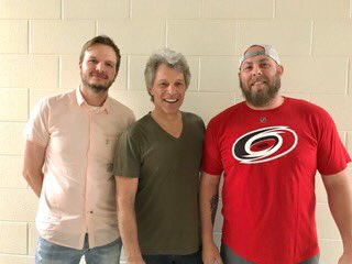 Thanks for a great show, Raleigh! JBJ with opening act @dynamiteduo! #THINFStour https://t.co/ROLrShvca4
