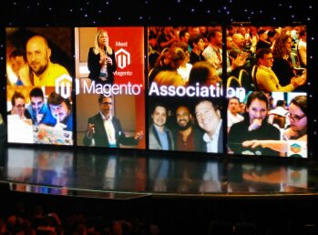 fschmengler: I'm tweeting a picture of me in a picture on stage where I tweet a picture... #MagentoImagine https://t.co/h4t472bYUy