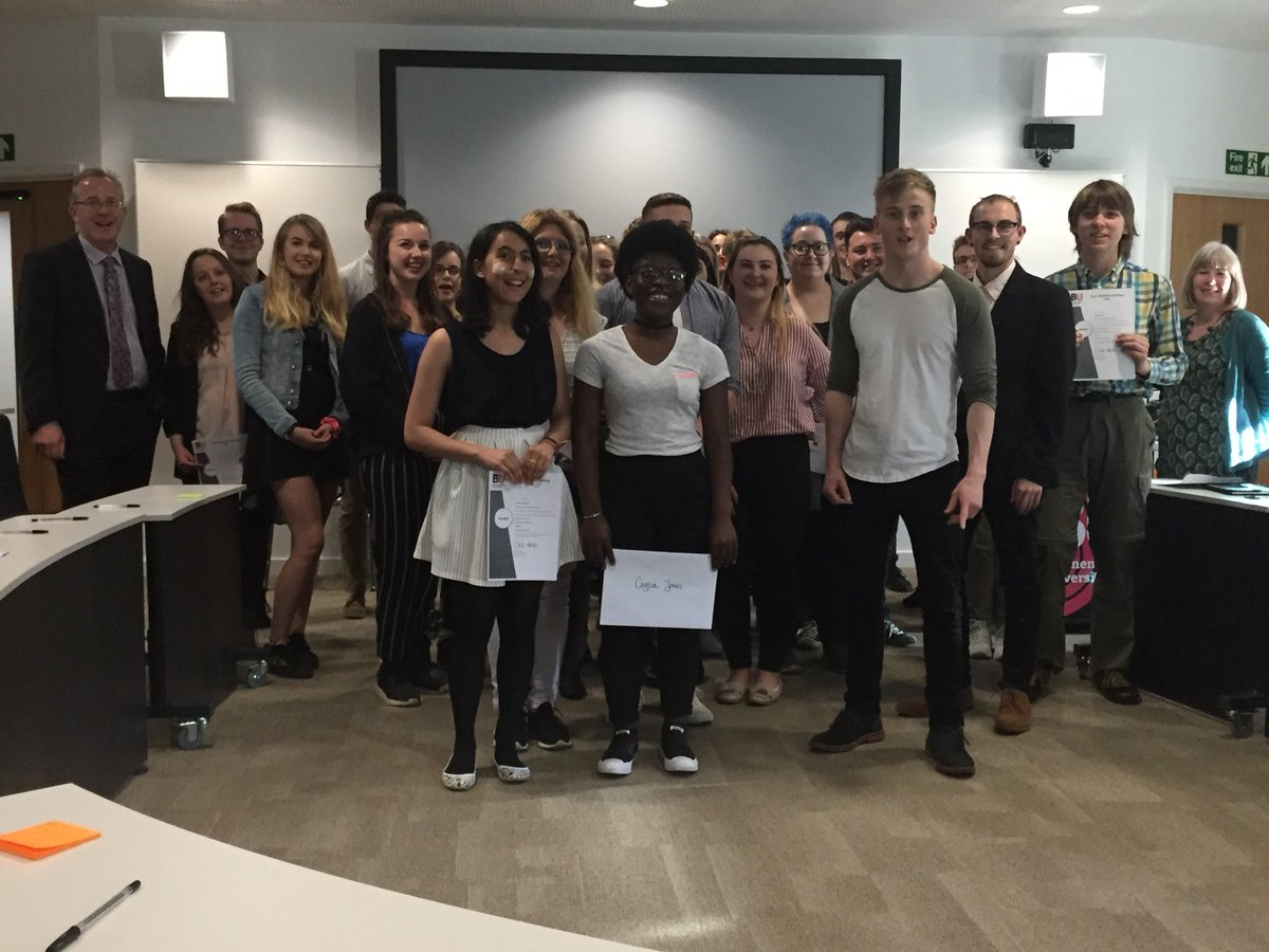 test Twitter Media - And look at our amazing student PAL prize winners! Thanks to @VCJohnVinney for giving out the prizes (pictured far left) #bupal #buproud @it_se @cel_bu https://t.co/CIt8fXfF5K