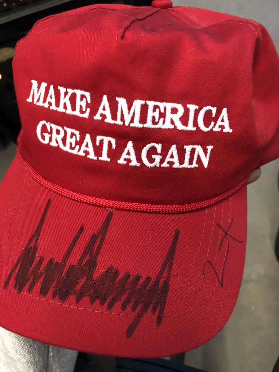 my MAGA hat is signed ???????????????????????????????????????????????????????????????????????????????????????????????????????????????????????? https://t.co/DrDHJybS8V