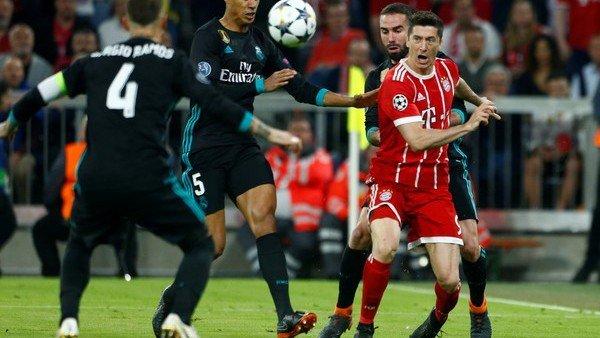 RT @clarincom: Los tres penales contra el Real Madrid que reclamaron antes de los 3 minutos https://t.co/DbYGqMhR9d https://t.co/Qdom2yhG8j