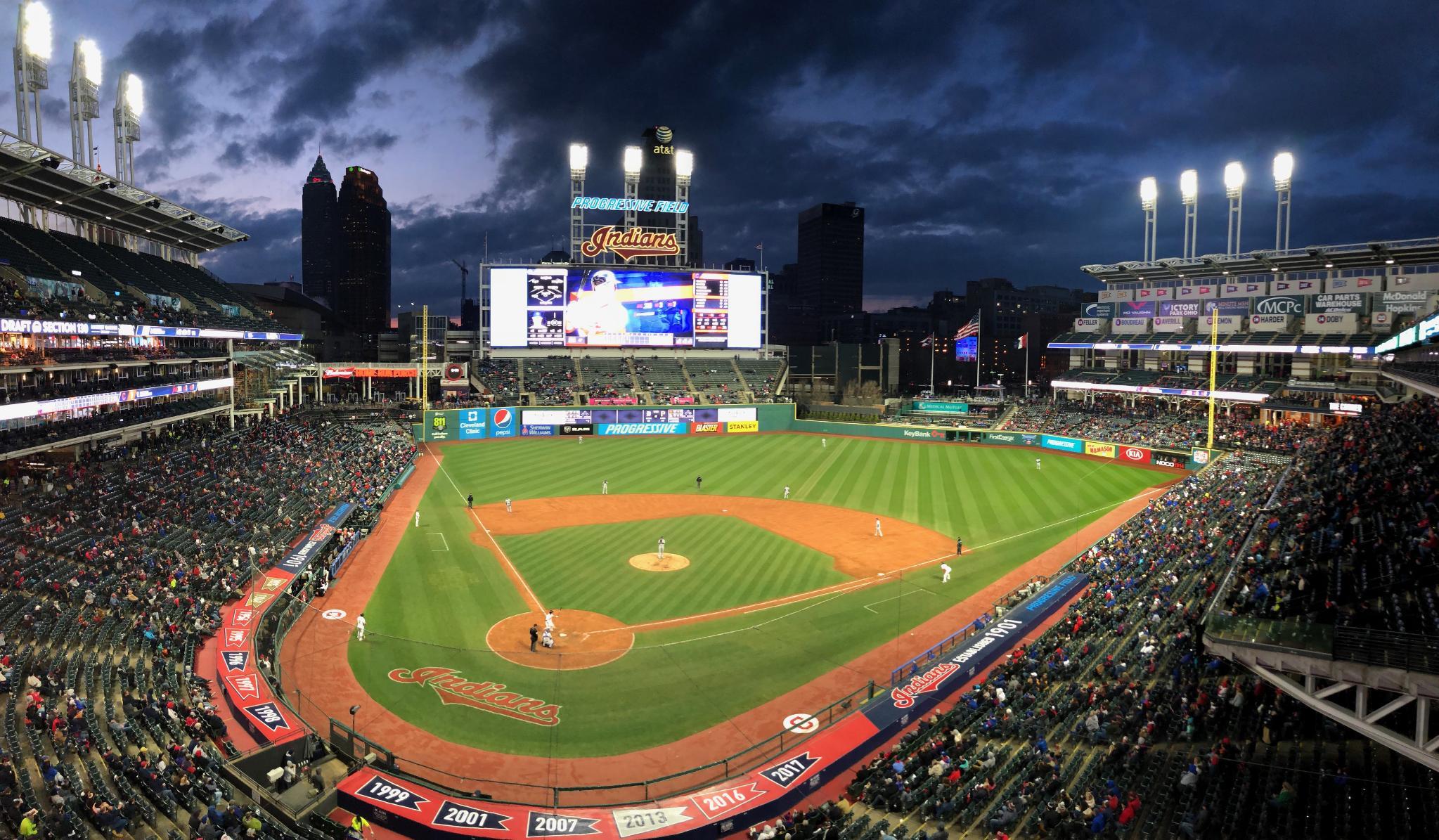 We're through six innings.  Cleveland has a 3-1 lead. https://t.co/s6NXbARRSL https://t.co/JSdG3eHhai