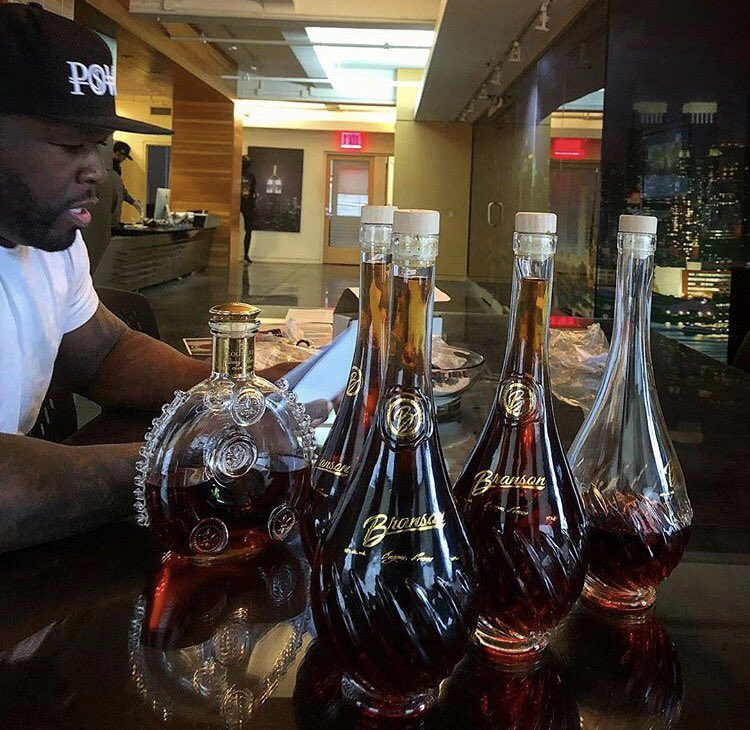 KING KONG ain't got shit on me !!!! Cognac any one,???? #getthebag???? https://t.co/ZyPq2854ji