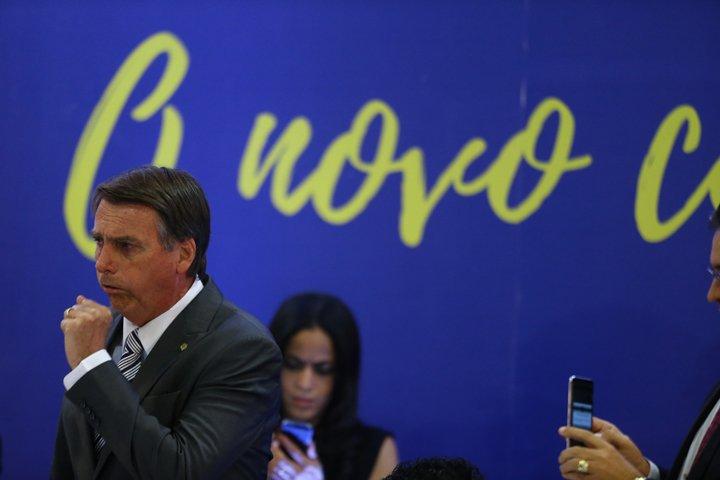 @BroadcastImagem: Bolsonaro engasga ao discursar na XVI Marcha dos Vereadores, em Brasília. Dida Sampaio/Estadão