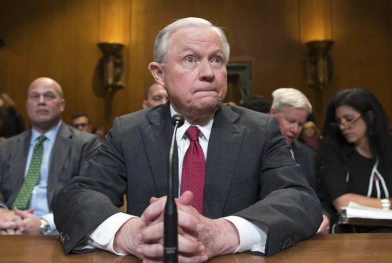 US Attorney-General Jeff Sessions tiptoes around Russia probe at hearing