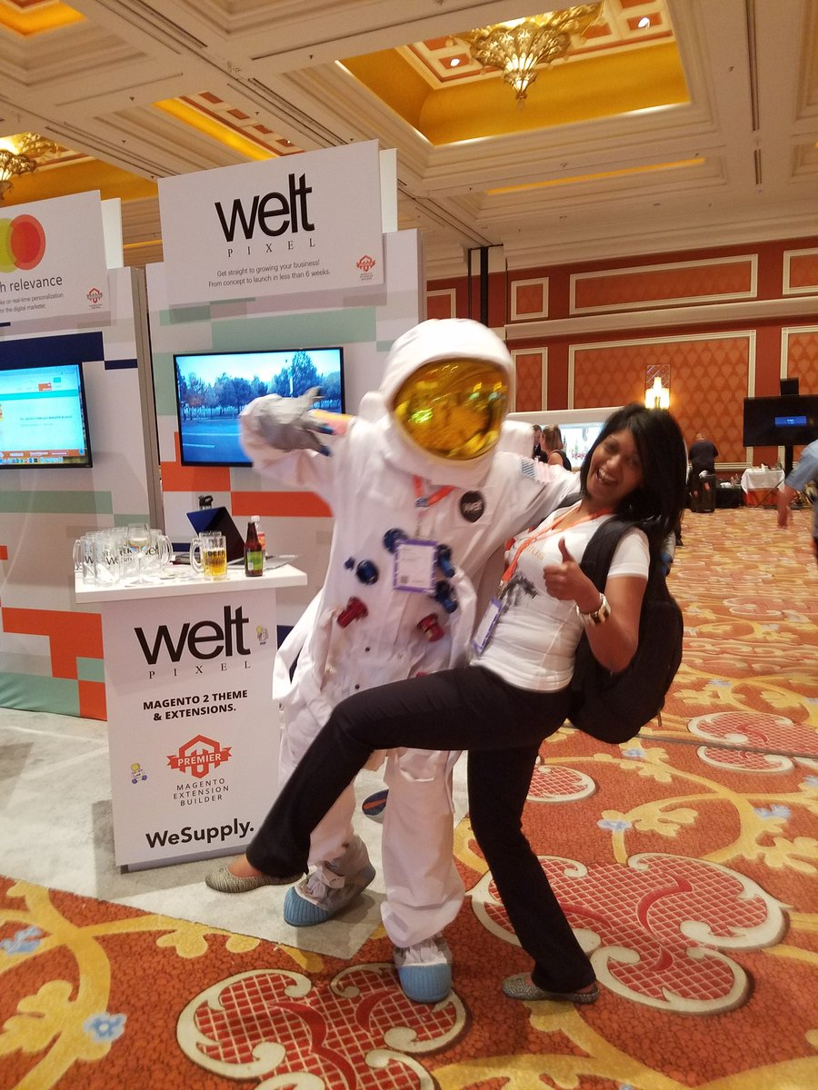 magemojo: Fly me to the moon #MagentoImagine https://t.co/9otuuIrxbR