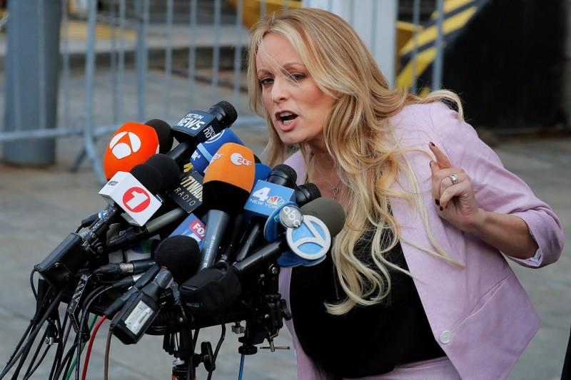 Trump lawyer Cohen will invoke 5th Amendment rights in Stormy Daniels case https://t.co/aOUhcsu10Y https://t.co/fx5xjUE8z6