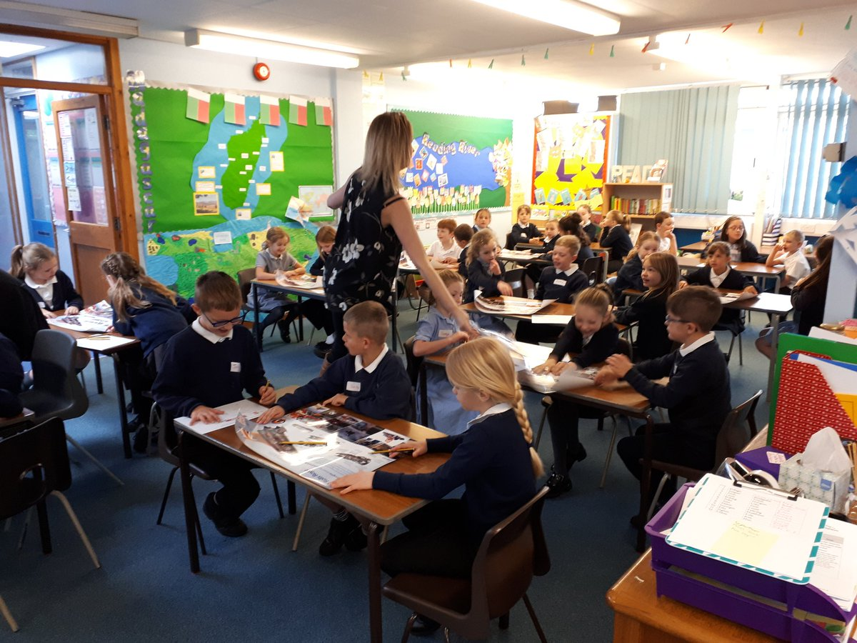 test Twitter Media - RT @edith_moorhouse: Thank you Mrs Evans and Y8 helpers from @CartertonCC . Year 3 loved their STEM day 😁 https://t.co/FuoumpNeFY