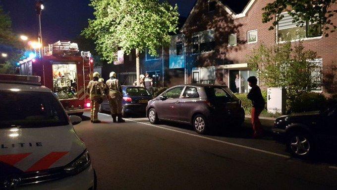 Brandweer tp in Maasdijk Gaslucht woning. Brandweer doet onderzoek. https://t.co/faHR1MSjXS