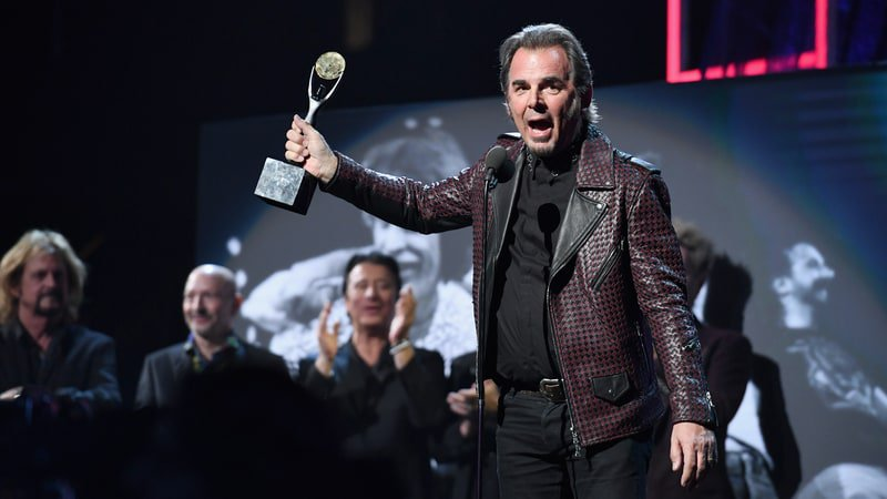 10 things we learned from Journey keyboardist Jonathan Cain's new book https://t.co/Vu7FISHWqa https://t.co/otVGr1qQwp