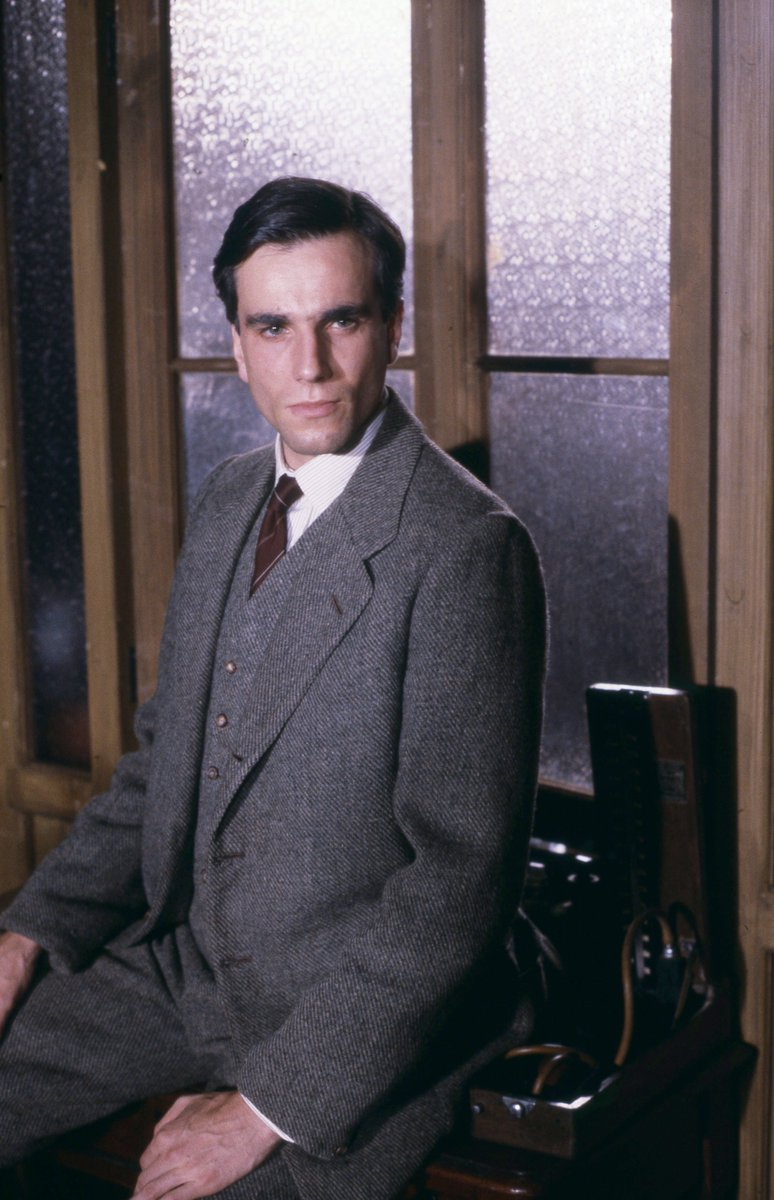 Daniel Day-Lewis (born 1957) Daniel Day-Lewis (born 1957) new foto