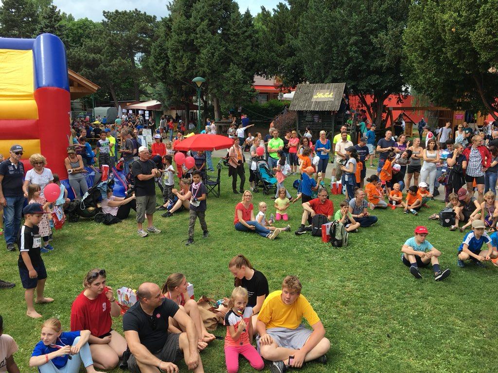 #SportsON #Sportfest #Wien #Brigittenau Tolle Leistungen von #kids bis #oldies beim Sportsfest #WAT #Brigittenau im Sportzentrum #Hopsagasse 👏🥇🥈🥉 https://t.co/DAIKM7cKby