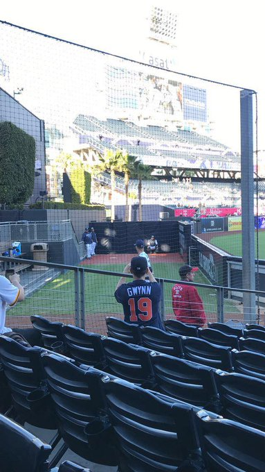 Was happy to wear my Tony Gwynn jersey to the game last night on his birthday.
