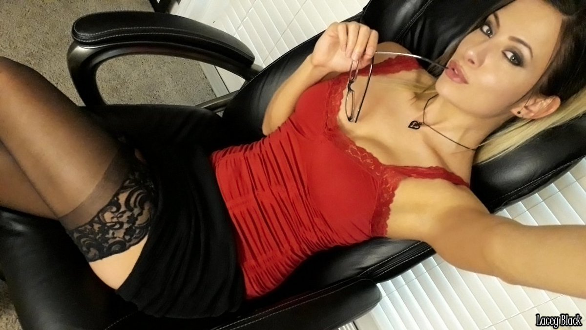 Let me be your naughty secretary JTVcHzIy4t 5jLIVcfyb1