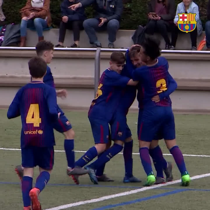 ⚽️⚽️⚽️⚽️⚽️ ��5️⃣ @FCBmasia ���� https://t.co/uqSTbxdLbj