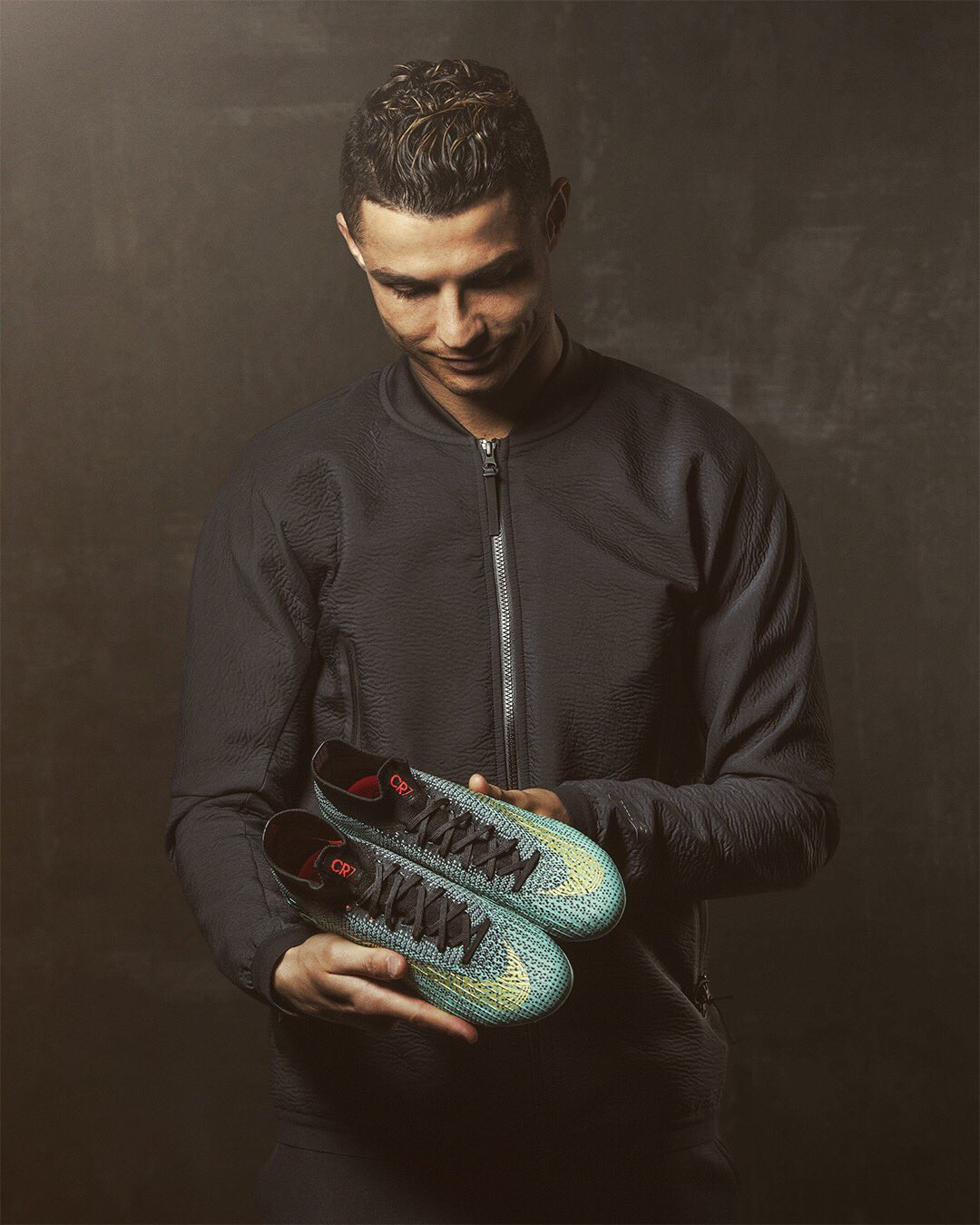The perfect boot for my biggest matches. ⚽ �� Get yours on https://t.co/Td9BJOXwaj. #Mercurial #Nikefootball https://t.co/yU9dTFXuHo