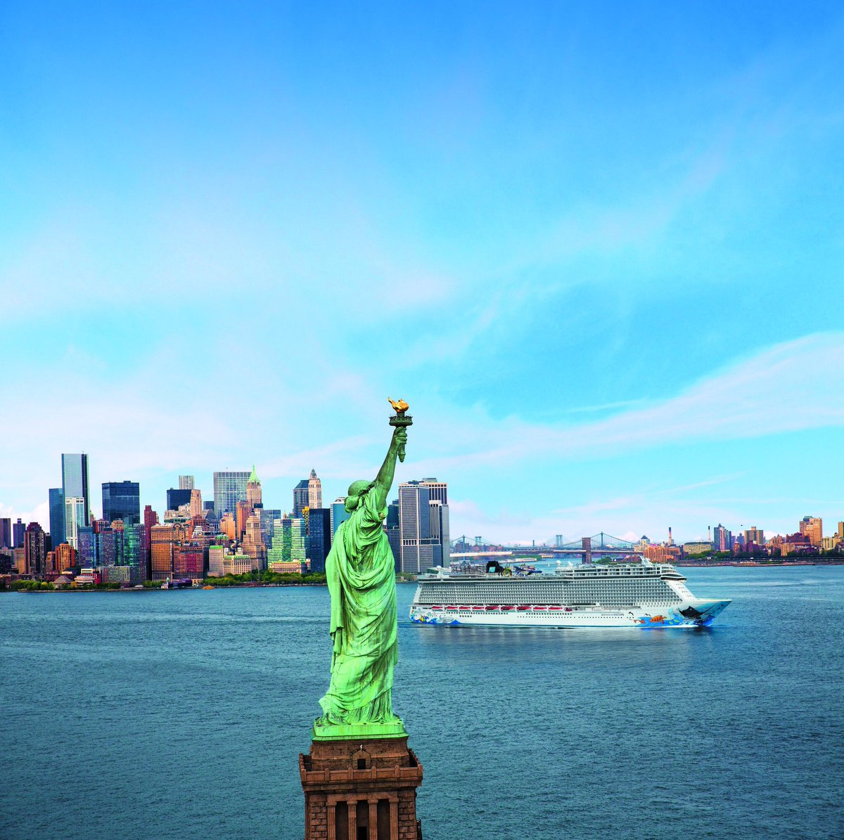 From Miami to the Big Apple, Norwegian Escape is now sailing from NYC! https://t.co/BEnImB8y1m https://t.co/KM4o8UInGY