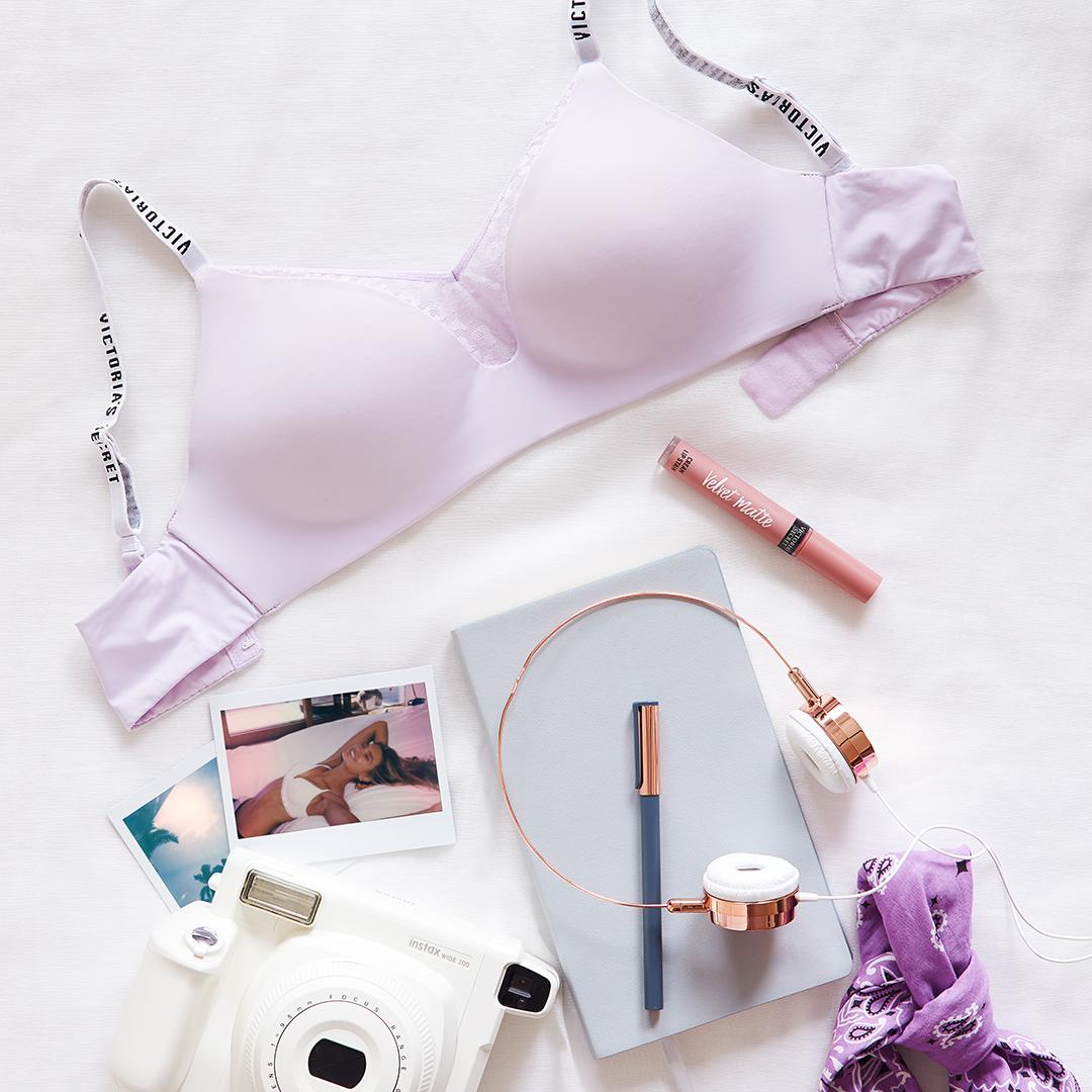 Our version of a mood board. #XOVictoria https://t.co/snGXxClL9F https://t.co/xGqWCHyv6m