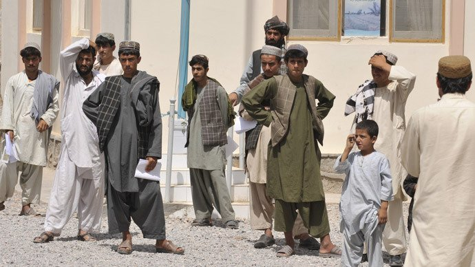Afghanistan launches new electronic ID cards amid row over ethnic politics