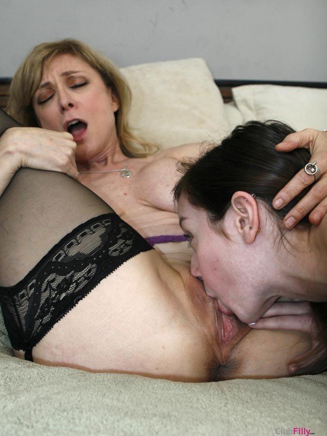 Мама Дочь Клитор Порно