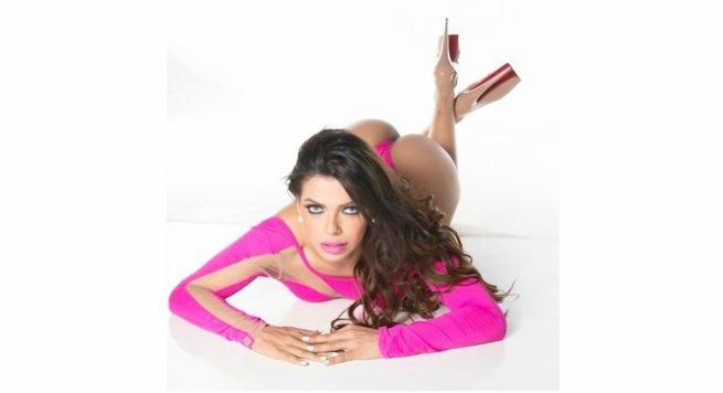 RT @Radio_Formula: .@SuzyCortez_ enciende las redes con sus leggings (FOTO) ➡https://t.co/Gdi7sKoJA1 https://t.co/O3SaD3itYL