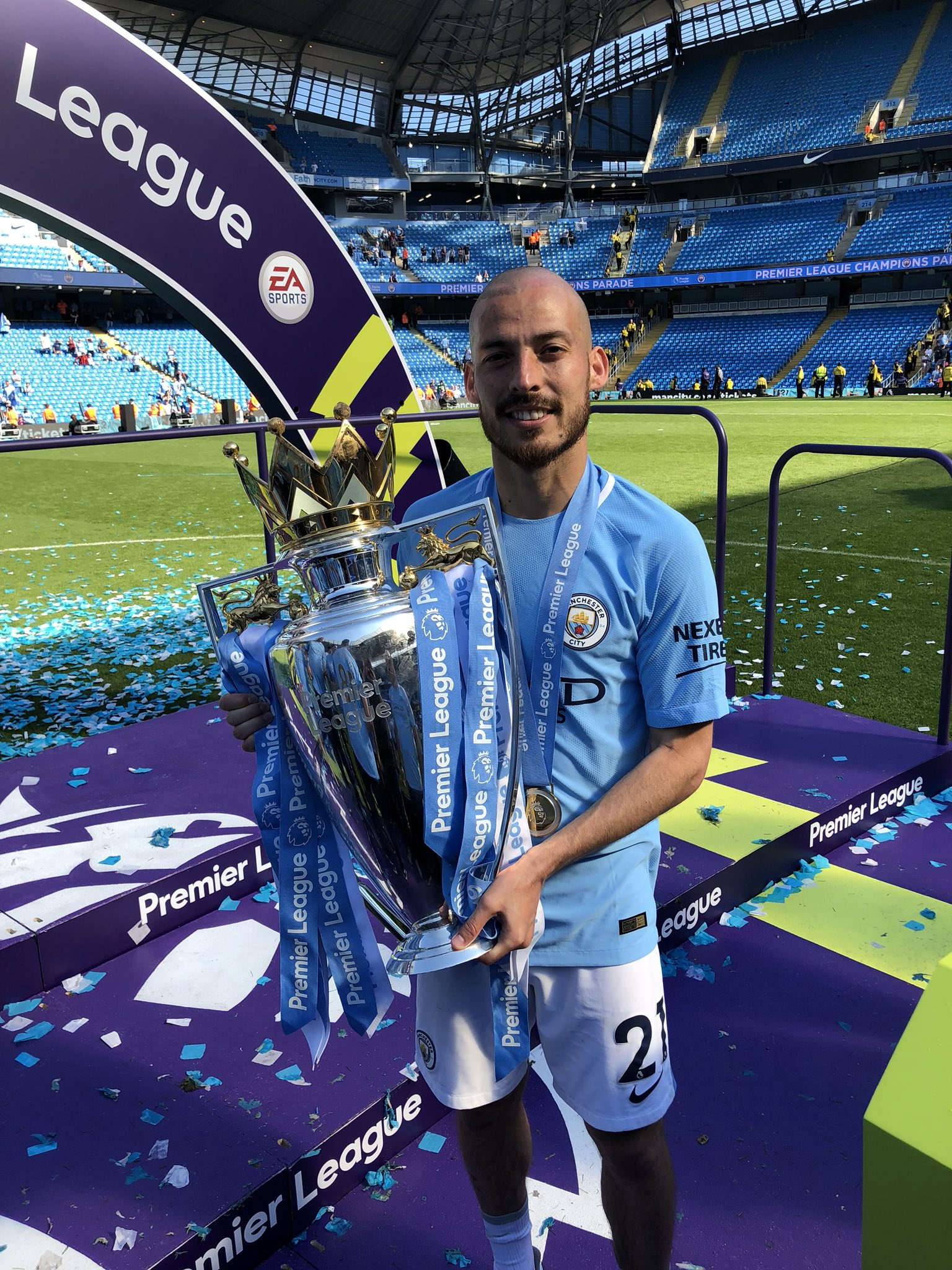 Thank you for all the support throughout the season. Time to enjoy the night, #CHAMPIONS18 ������ https://t.co/WzXEr61kEQ