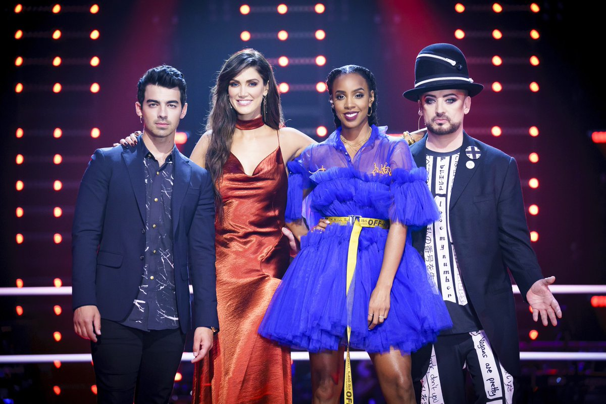 This is a BIG one Australia. Once again, #TeamKelly are shaking things up on #TheVoiceAU stage at 7.30 on @Channel9! https://t.co/8aGATJaqbp