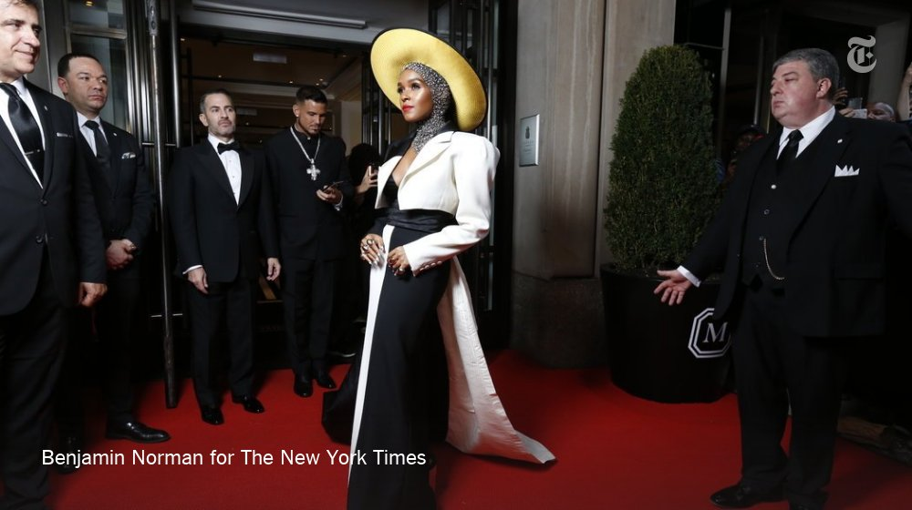 We have a Met Gala trend: Headpieces https://t.co/sQQNWjr5Bb https://t.co/b0eCaI8Hew