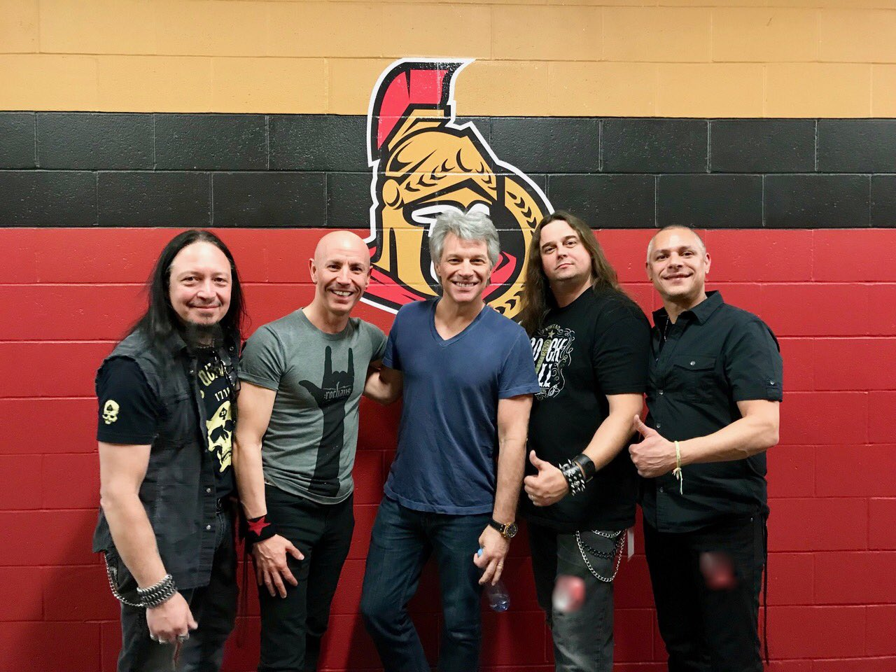 Thanks for an awesome show, Ottawa! Who was there?? �� JBJ with opening band @teezemusic + setlist. #THINFStour https://t.co/RpC7EMKpTL