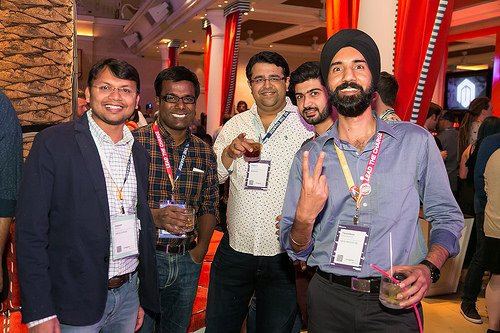 tarandeep: Out of 1K+ #MagentoImagine photos, fortunate to got captured once.. @kalpmehta @vivekk @Vidurbhatia https://t.co/ElQM1UsUj2