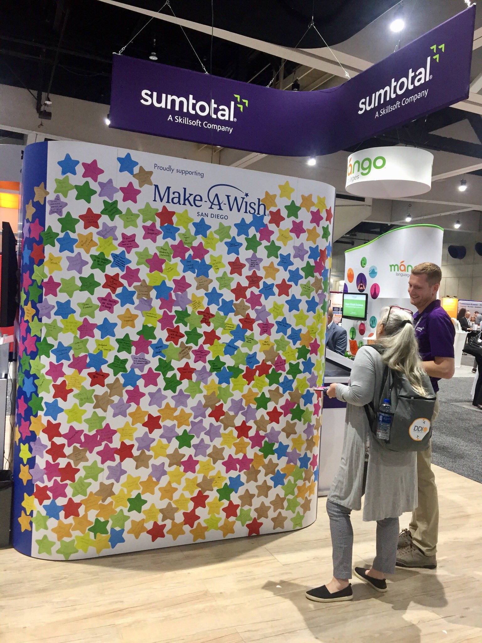 What an absolutely action-packed day 2 of #ATD2018. People have put so much thought and creativity into their HR wishes! It's been amazing to get to discuss L&D hopes and desires, and support a great cause at the same time. @SumTotalSystems @Skillsoft #MakeAWish https://t.co/3XqyaXMmTx