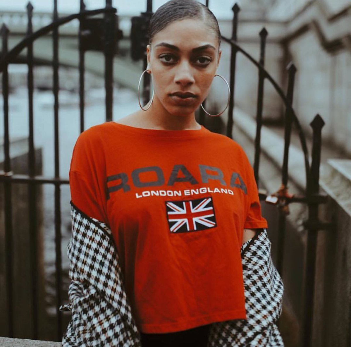 R O A R A Merch. LDN . ???????????????????????????????????????????????????????????????????????????????????????? https://t.co/wK5FiuNh2O