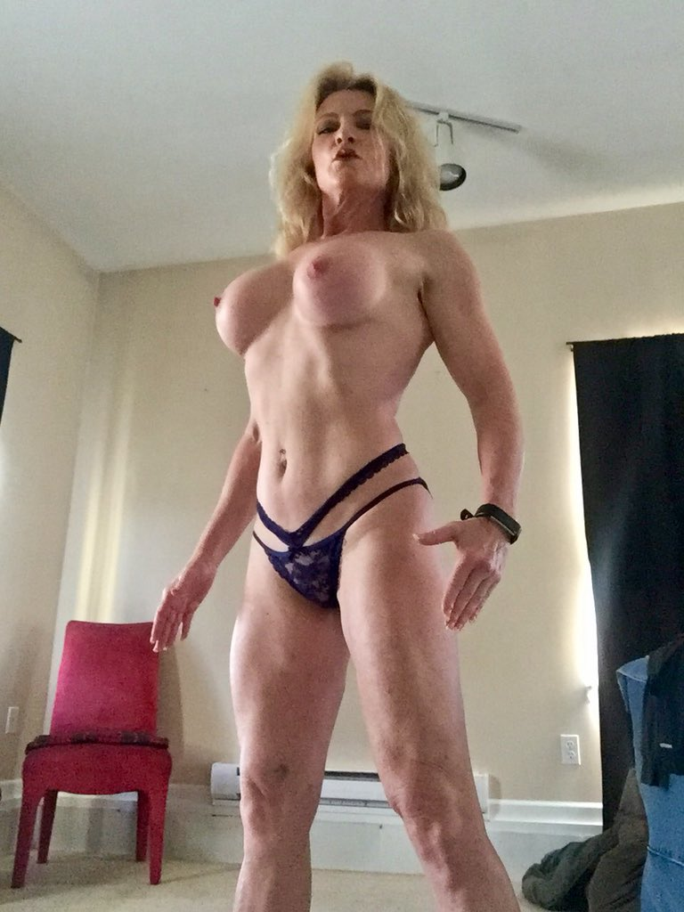 1 pic. Good morning my sexy friends! #MandyintheMorning 💋💋💋💋💋 foFldnY0ps
