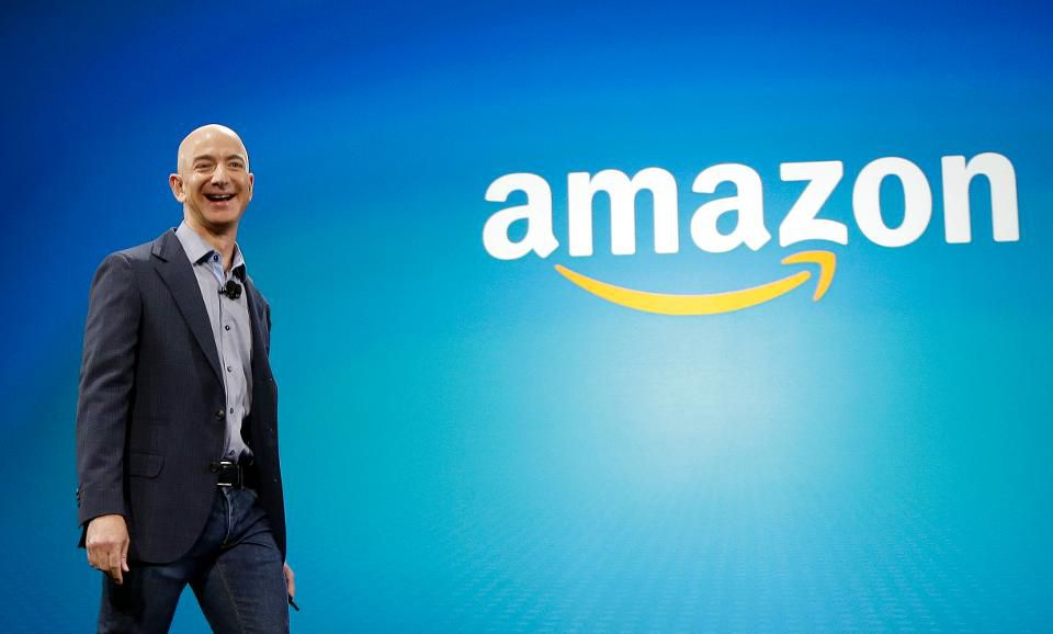 How to emulate @amazon's best practices: lean into your strengths, know the future of your industry, exceed & personalize the #customerexperience, be consistent, and build strong relationships  |  #CX @Forbes  @Hyken