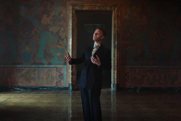 New Video: @SamSmithWorld Feat. @Logic 'Pray' https://t.co/ZzLTyKVoRi https://t.co/R2DpBHsVwz