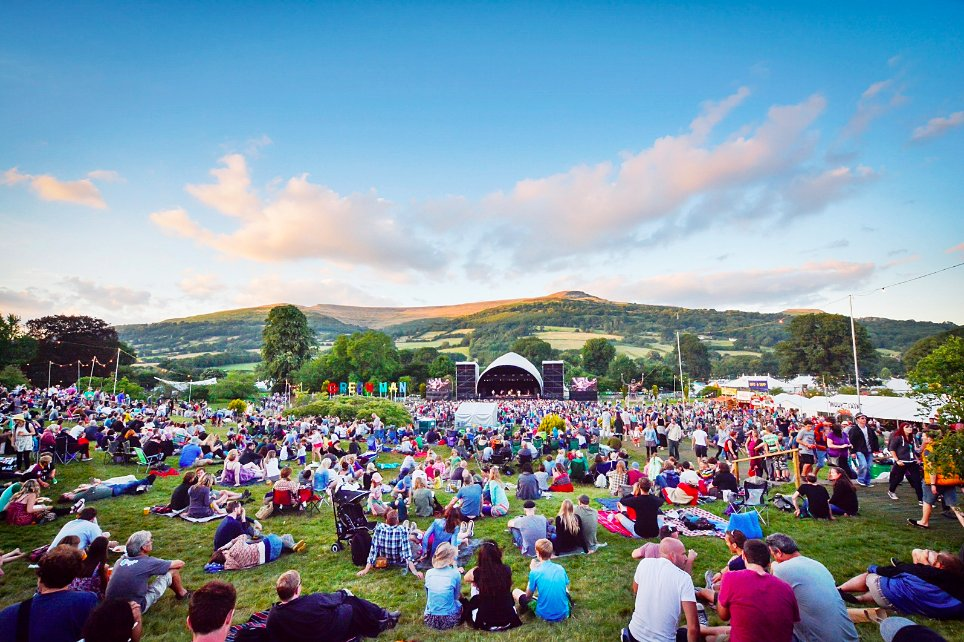 RT @GreenManFest: Behold the Black Mountains, a backdrop like no other...????Name that year for bonus-points, folks! https://t.co/phlevetvi0