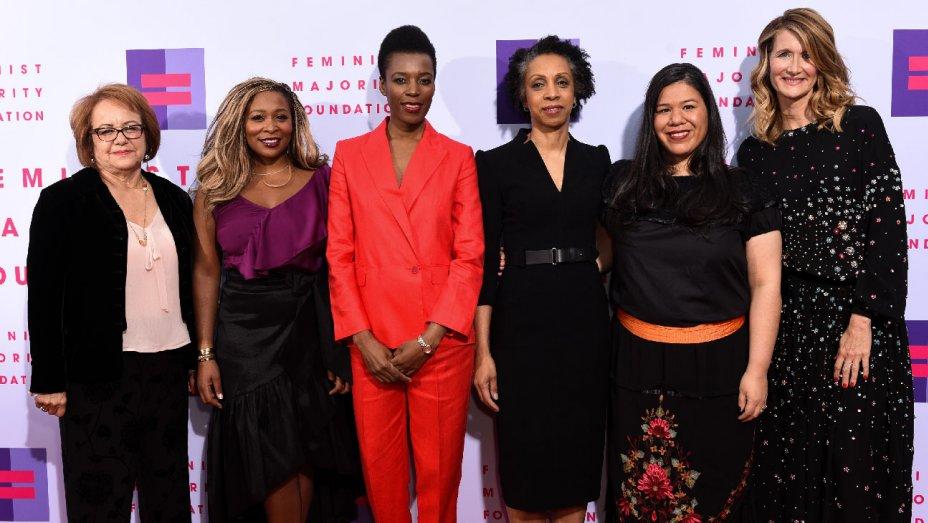 .@LauraDern, Nina Shaw honored at Global Women's Right Awards