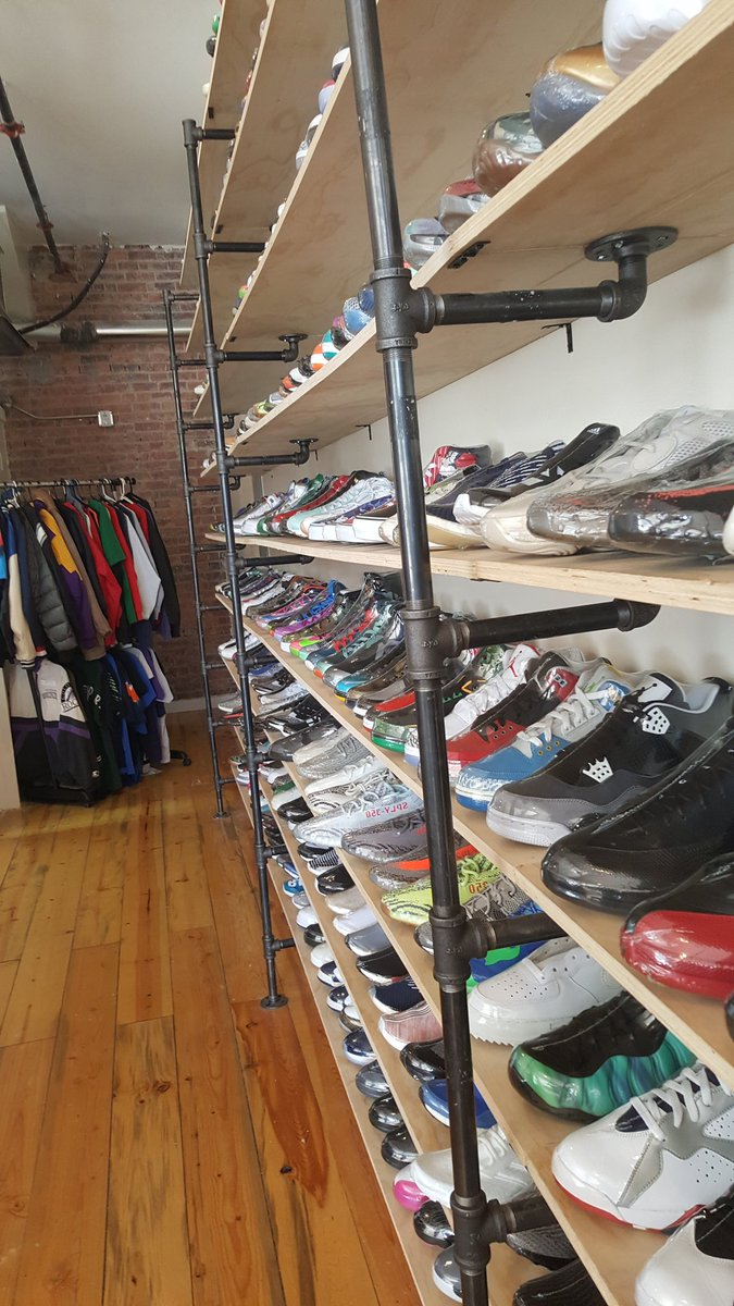 2018 Picture of the Day 5/22 sneaker shopping in Denver at Vice with nephew https://t.co/RPn98ONEs8