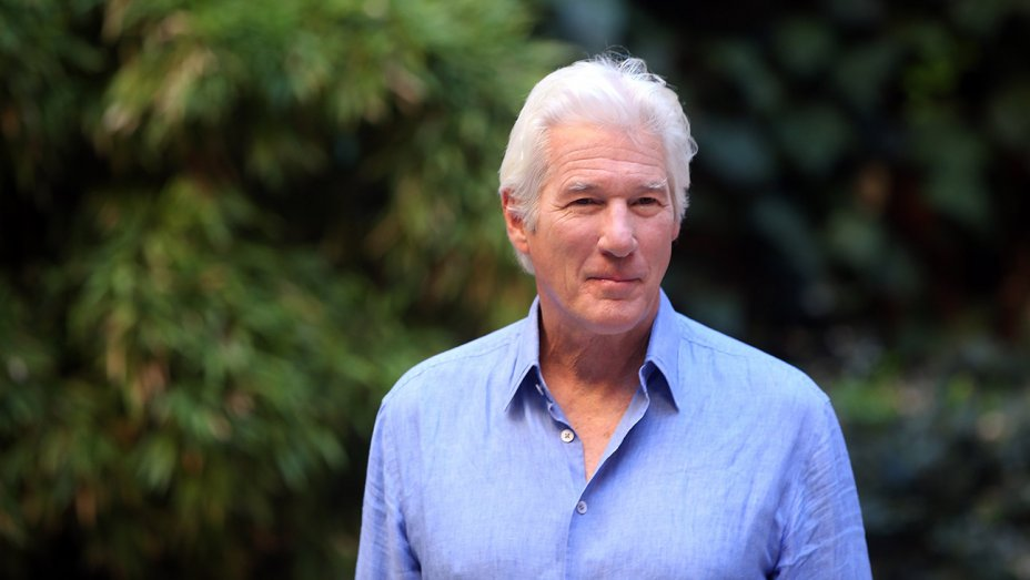 Richard Gere Confirmed for First Major TV Role in 'MotherFatherSon'