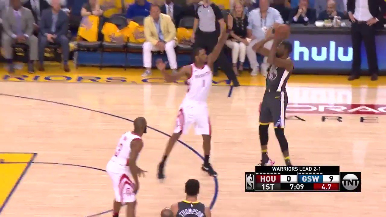 Kevin Durant from downtown!  12-0 @warriors start on @NBAonTNT   #DubNation https://t.co/w7E7uF56dZ