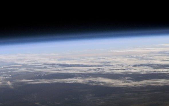 test Twitter Media - Earth's ozone layer is under attack—again https://t.co/NdbyObOp9C https://t.co/TBKZYBQANq