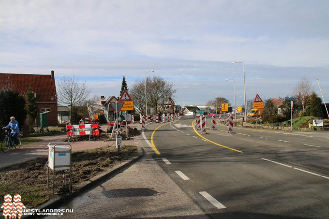 Nachtafsluiting Naaldwijkseweg bij Heenweg https://t.co/FoVOssCPRX https://t.co/hdB1BxMuBP