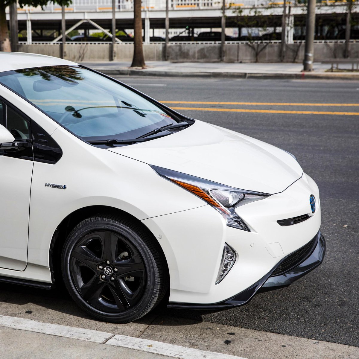 test Twitter Media - Find more excitement around every corner. Explore #Prius: https://t.co/D80YjtUZv1 https://t.co/ZHEKNUkCOc
